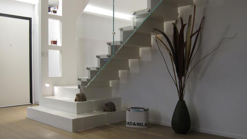 Scala in cristallo a progetto - Progetto scale interne ...